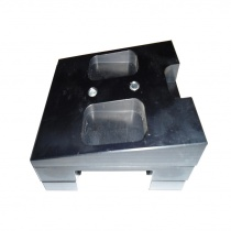 Moottoripukki liuku 30x92 poraamaton CNC 7° alumiini sis alapalat